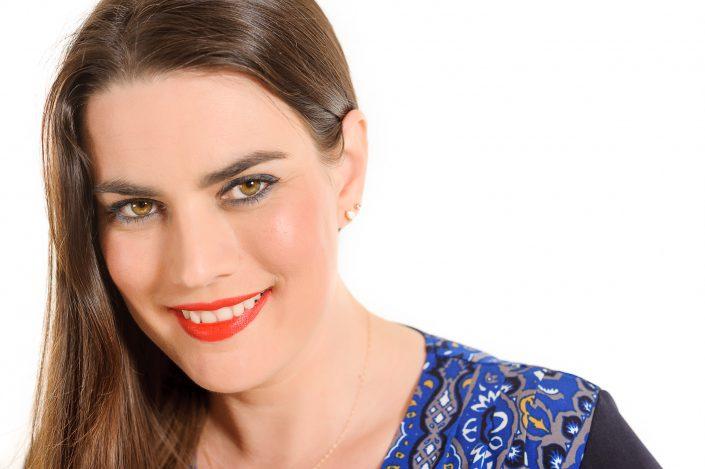 Casting : Myrabel Mathieu -Wearing her marvellous smile KW: Acteur, Artiste, Décors, FondBlanc, Modèles, Studio, cyclo
