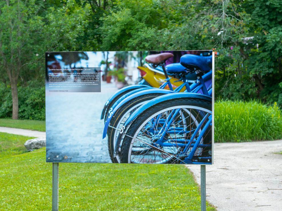 exposition ville Lorraine vélos plage Playa Del Carmen Mexique